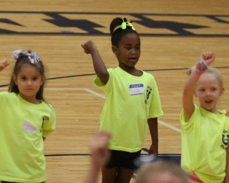 KHS Cheer Clinic 096.JPG