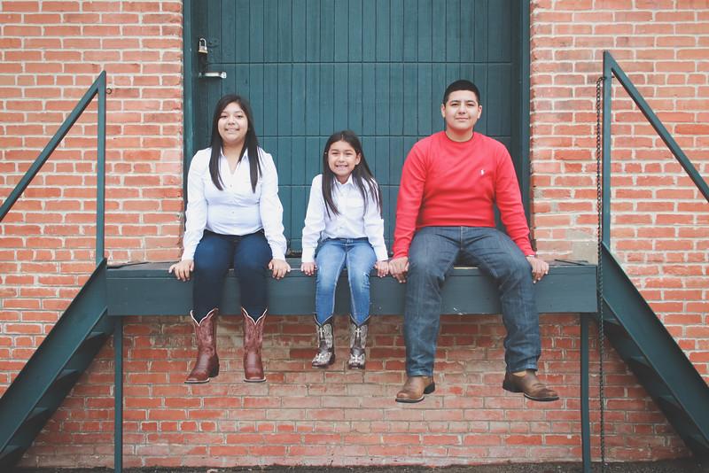 LOZANO FAMILY FALL MINI SESSION EDITED-15.JPG