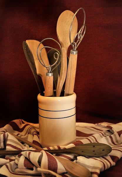 kitchen tools r.jpg
