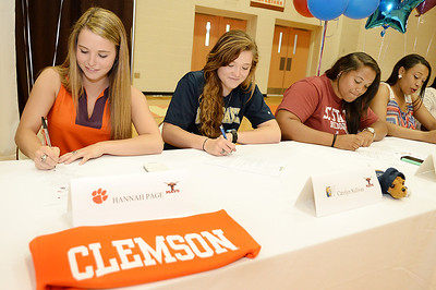 More Athletes Sign For College