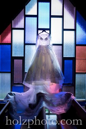 Amanda & Ben Color Wedding Photos