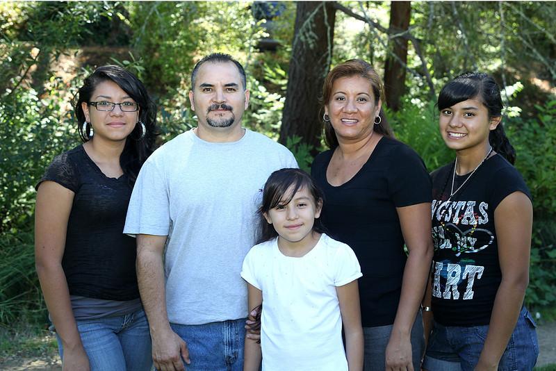 IMG_0655 Trujillo Family.jpg