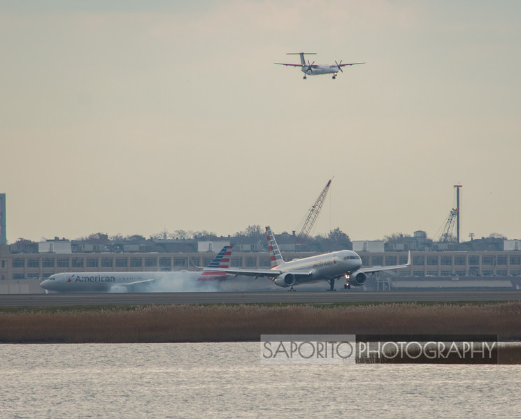American 757 Landing with Company