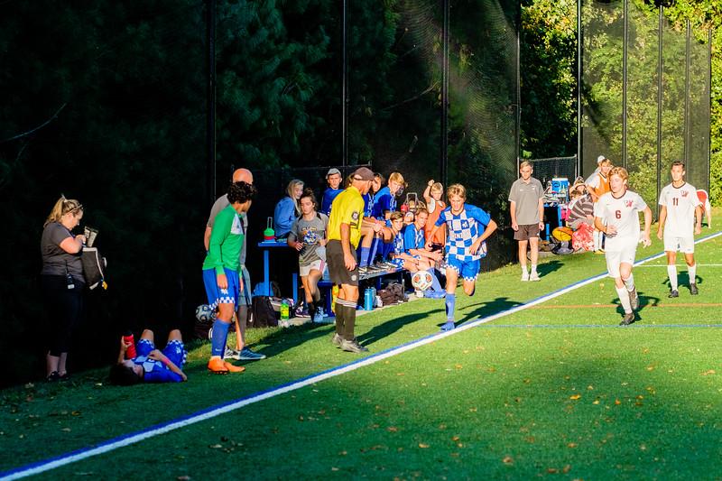 TCS Varsity Soccer 2019-3472.jpg