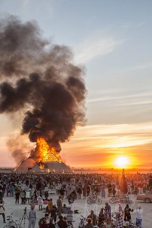Almundo Burning Man