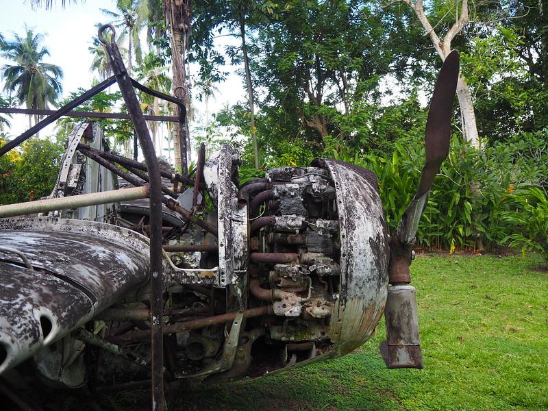 PA270059-engine.JPG