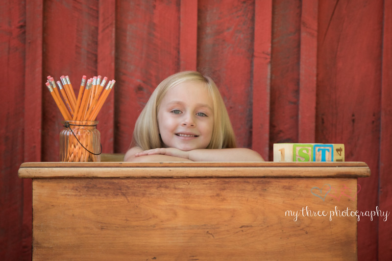 Lilly  back to schoolw (2 of 1).jpg