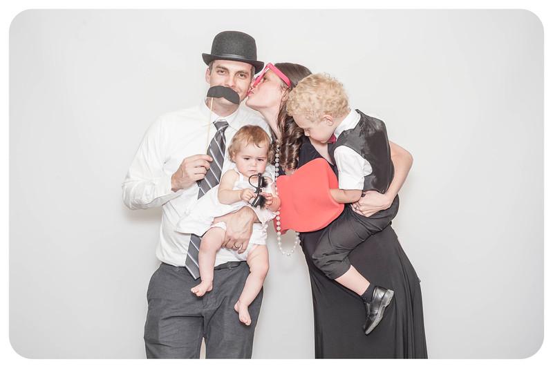 Anna+Caleb-Wedding-Photobooth-100.jpg