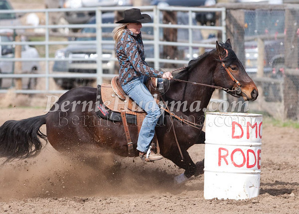 Saturday 1st Section-Barrel Racing