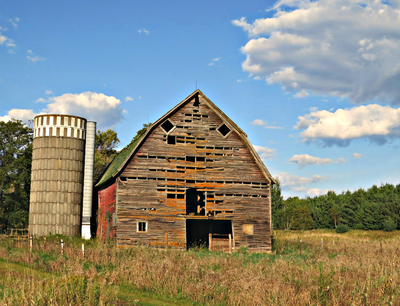 OLD BARN WITH OPENINGS