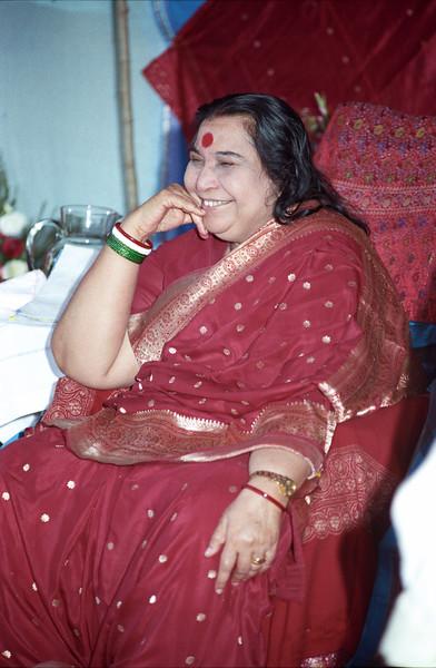 Shri Ganesha Puja, 9 February 1992, Perth Australia (Matthew Fogarty photo)