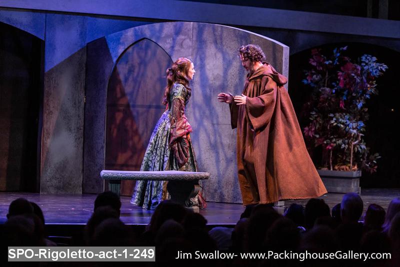 SPO-Rigoletto-act-1-249.jpg