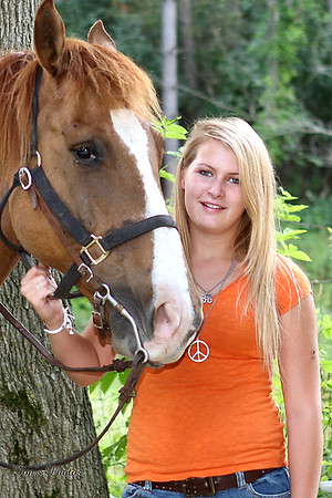 Senior Class Photos - Chelsea Topp - 2009