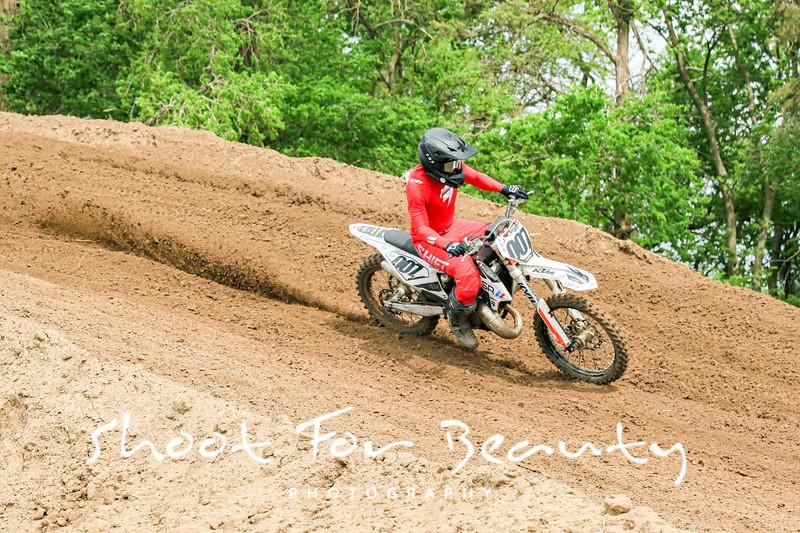 Rider Plate 0 - Saturday Race