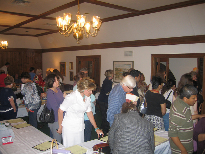 EYC Spaghetti Dinner and Silent Auction (36).jpg