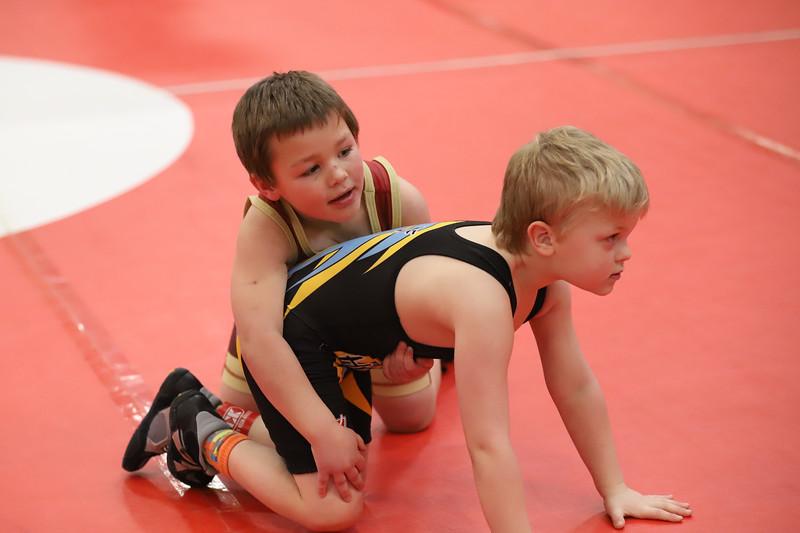 Little Guy Wrestling_4412.jpg