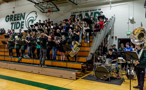 Vashon Island High School and McMurray Middle School Bands and Winter Cheer at Basketball 2019