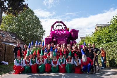 Bloemencorso 2019 - Groepsfoto's bloemenwagens en corsowagens
