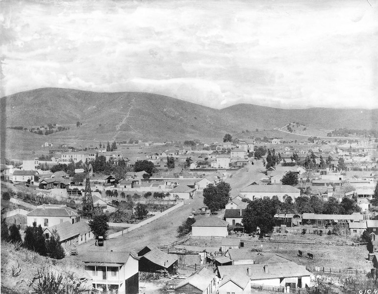 1885, Sonora Town