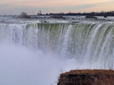 2012-01-06 Niagara Falls