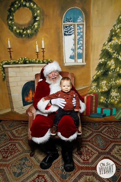 Pictures with Santa @Earthbound 12.1.2018-006.jpg