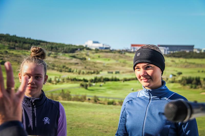 Bjarney Ósk Harðardóttir og Alma Rún Ragnarsdóttir.  Íslandsmót golf 2019 Grafarholt - 1. keppnisdagur. Mynd: seth@golf.is