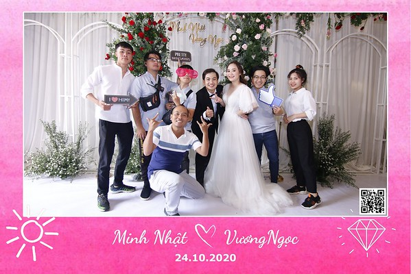 Minh Nhật & Vương Ng�c wedding instant print photobooth in Vung Tau | Chụp ảnh in hình lấy li�n Tiệc cưới tại Vũng Tàu | Photobooth Vung Tau