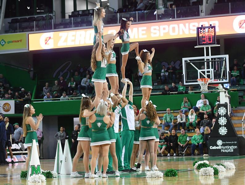 cheerleaders3563.jpg