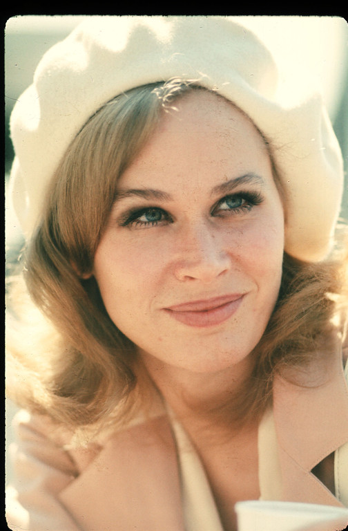 . Actress Karen Black poses 1973 in USA. Black has starred in many films and received several awards and nominations throughout her acting career. (Photo by Liaison)