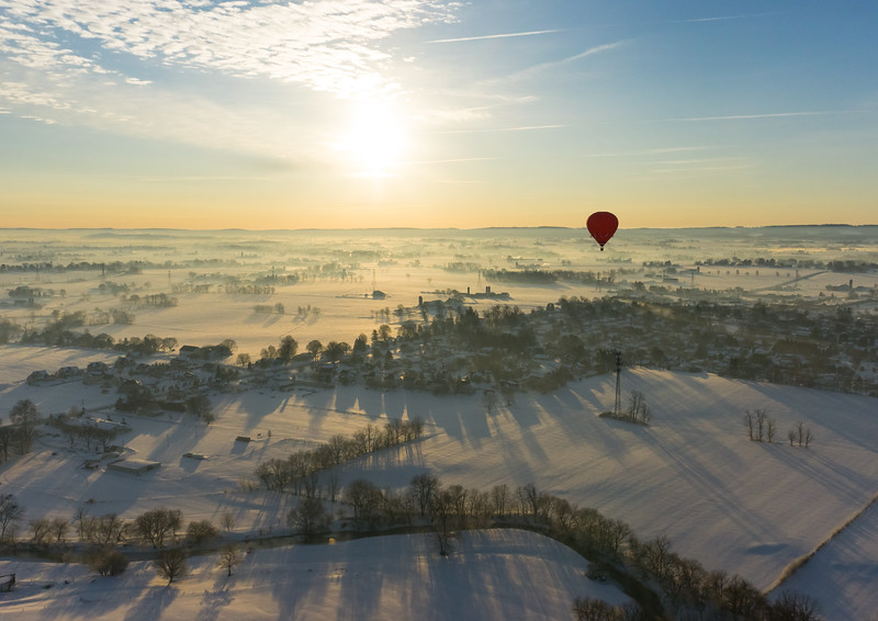 1001 - Hot Air Balloon Shadow Overlooking Shaddows  (p).jpg