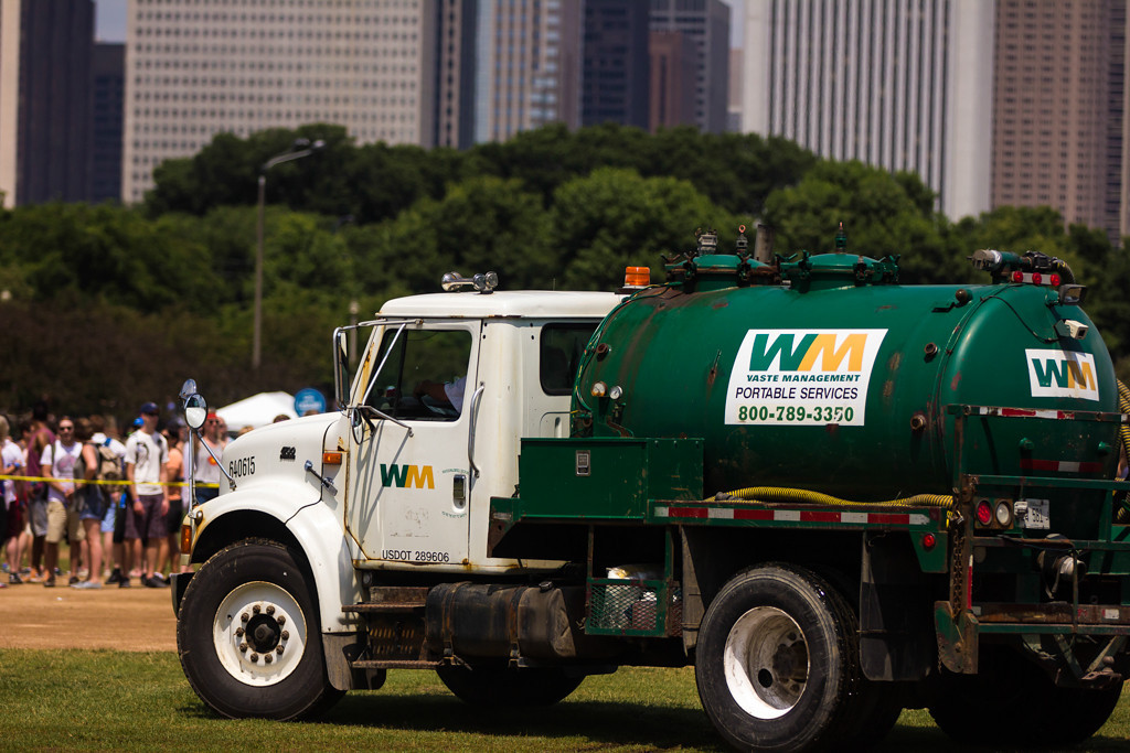 . The rainfall on Day 1 caused the field in front of the Red Bull stage to flood, so Waste Management was brought in to drain the water while the fans were kept roped off from the area.