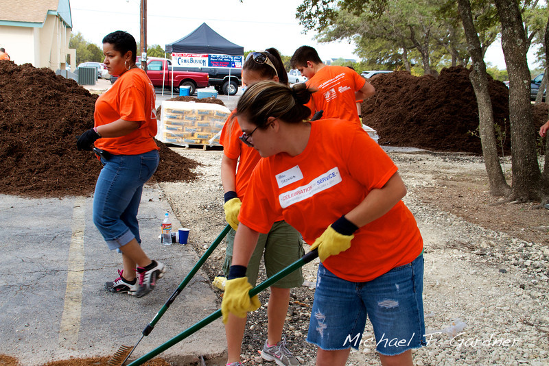 HD - Celebration of Service Project - 2011-10-06 - IMG# 10- 012581.jpg