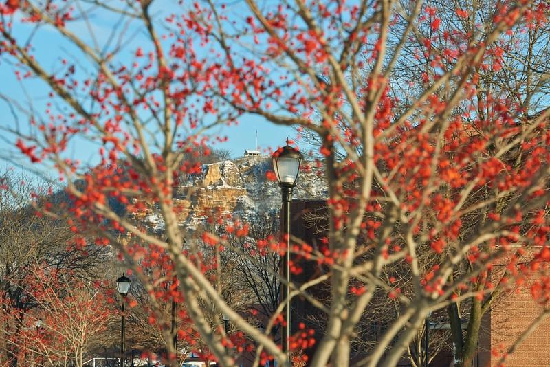 -UWL UW-L UW-La Crosse University of Wisconsin-La Crosse; day; December; Outside; snowy; Grandads Bluff