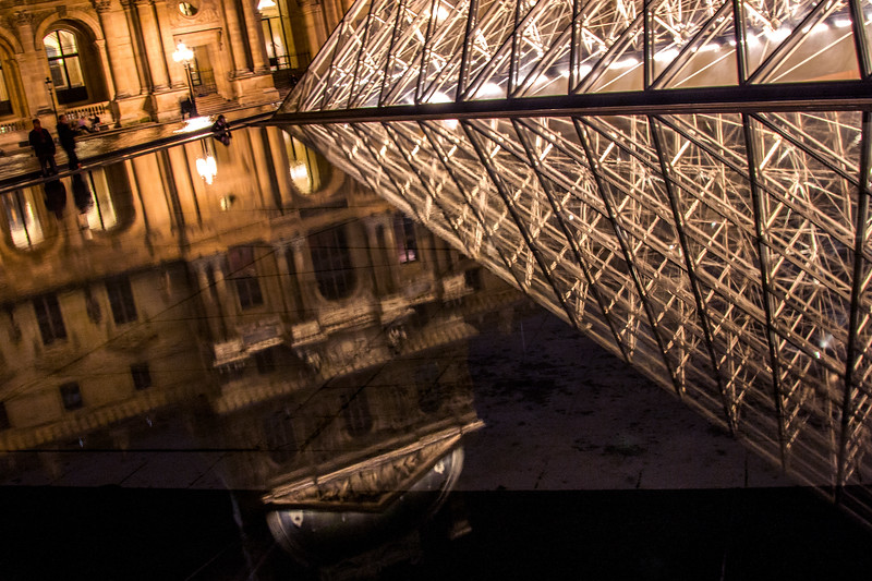 Paris-Louvre-NightReflections-IMG_2964.jpg