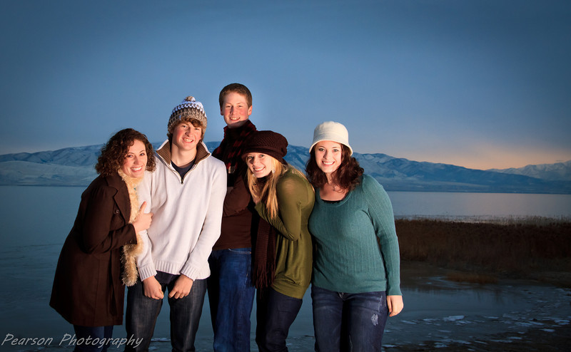 Family Pictures Taken by Utah Lake in Orem, Utah.