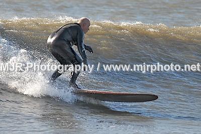 Surfing, L. B., NY, (11-24-06)