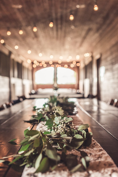 Taftandblairwedding barn table.jpg