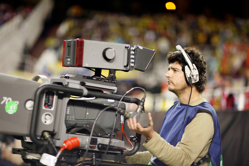 TV cameraman. UEFA Champions League first knockout round game (second leg) between Sevilla FC (Seville, Spain) and Fenerbahce (Istambul, Turkey), Sanchez Pizjuan stadium, Seville, Spain, 04 March 2008.