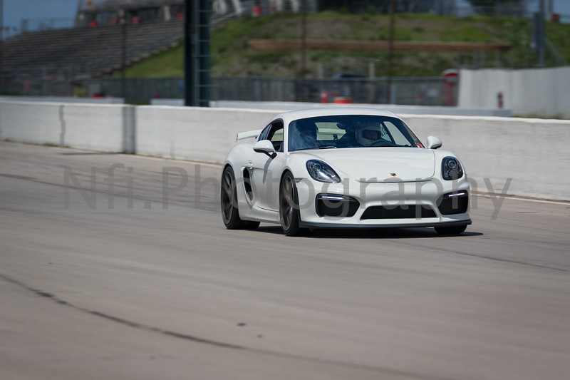 Flat Out Group 3-175.jpg