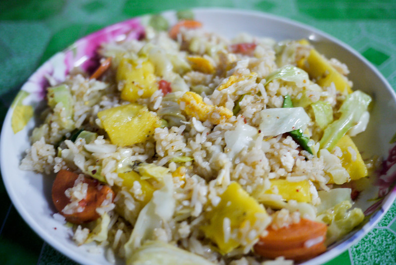 pineapple fried rice (1).jpg