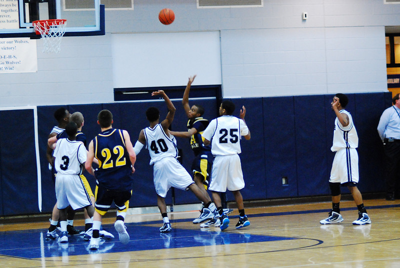 O.E. Vs Neuqua Valley 075.JPG