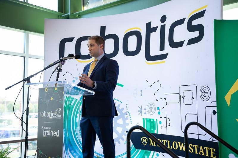 Robotics Grand Opening-8810.jpg