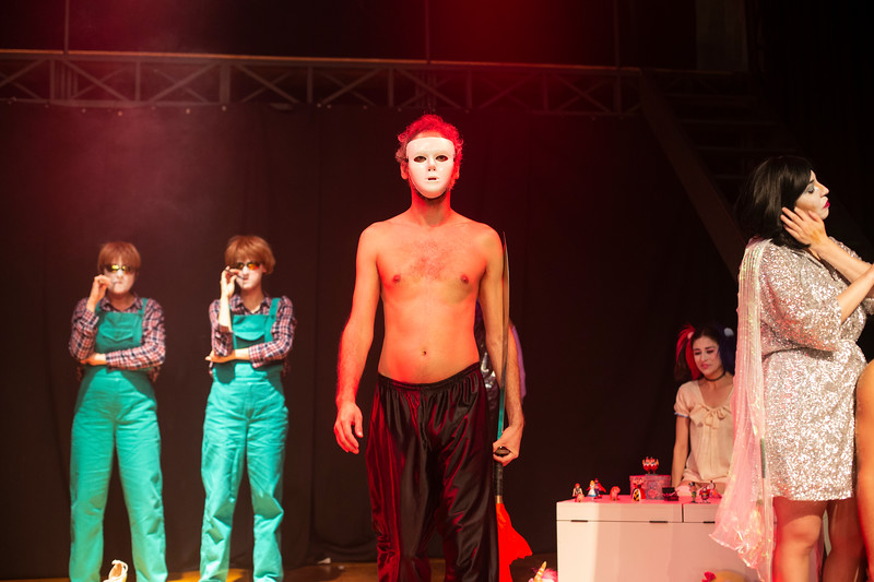 Allan Bravos - essenCIA Teatro - Persona 07-219.jpg