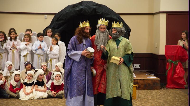 2014-12-21-Christmas-Pageant_203.jpg