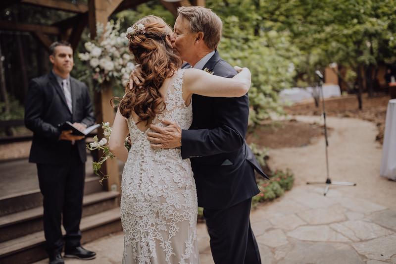 2018-05-12_ROEDER_JulieSeth_Wedding_ROEDER1_0124.jpg