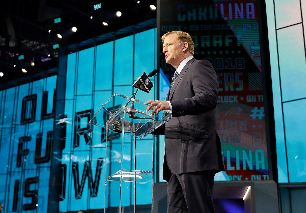 . Commissioner Roger Goodell makes an announcement during the first round of the NFL football draft, Thursday, April 26, 2018, in Arlington, Texas. (AP Photo/David J. Phillip)