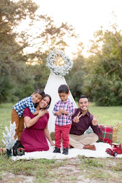 Ariza Family 2020-9.jpg