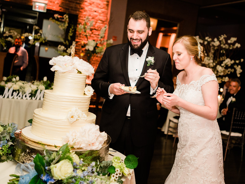 12 Toasts, Cake and Reception-078.jpg