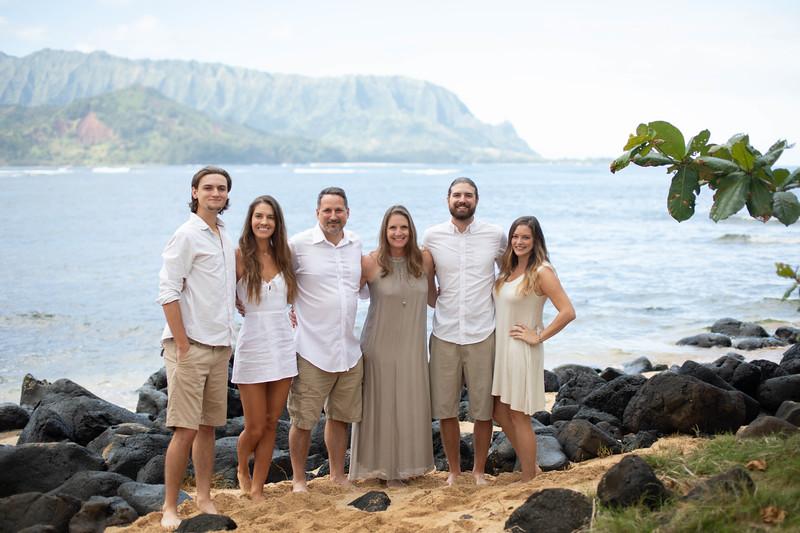 suprise engagement family photos-14.jpg
