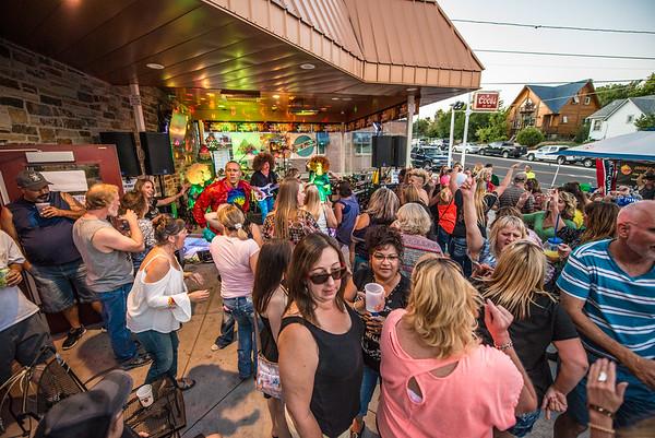 Alf's Pub 10th Anniversary